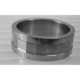 Кольцо титановое с алмазными гранями