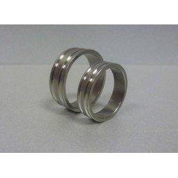 Кольцо титановое