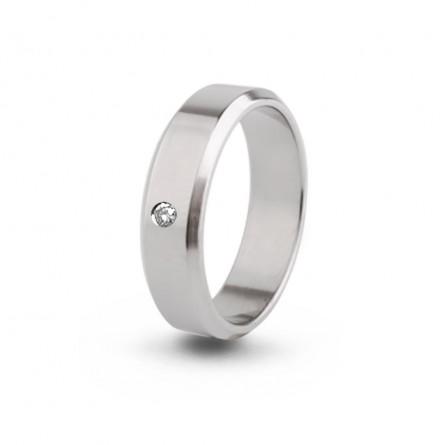 Кольцо из титана с бриллиантом Т4520