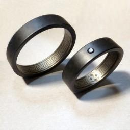 Образец лазерной гравировки на парных кольцах Т8150тс