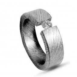 Кольцо из тимаскуса с бриллиантом Т4080ТМ